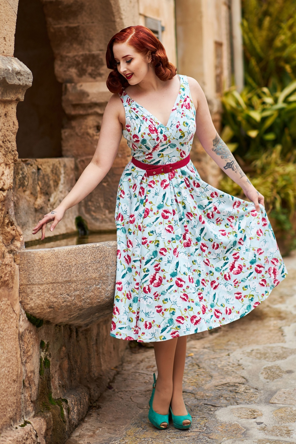 1950s Swing Dresses | 50s Swing Dress 50s Bassie Regina Floral Swing Dress in Light Blue £107.43 AT vintagedancer.com