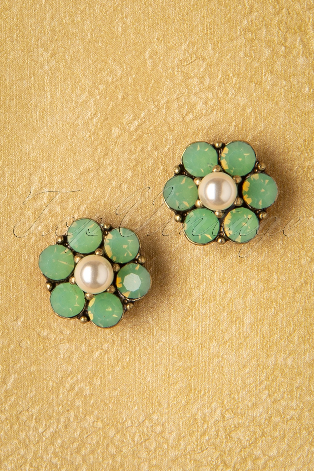 Vintage Style Jewelry, Retro Jewelry 20s Mini Crystal Flower Earstuds in Seafoam Green £13.29 AT vintagedancer.com