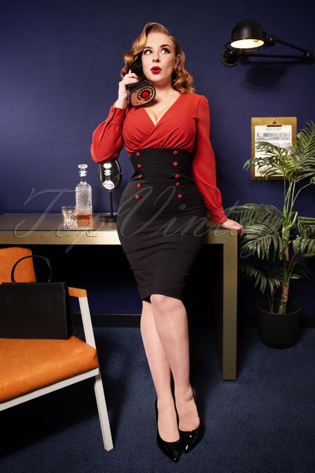 Wiggle Dresses | Pencil Dresses 40s, 50s, 60s 50s Alicia Pencil Dress in Rusty Red and Black £108.16 AT vintagedancer.com