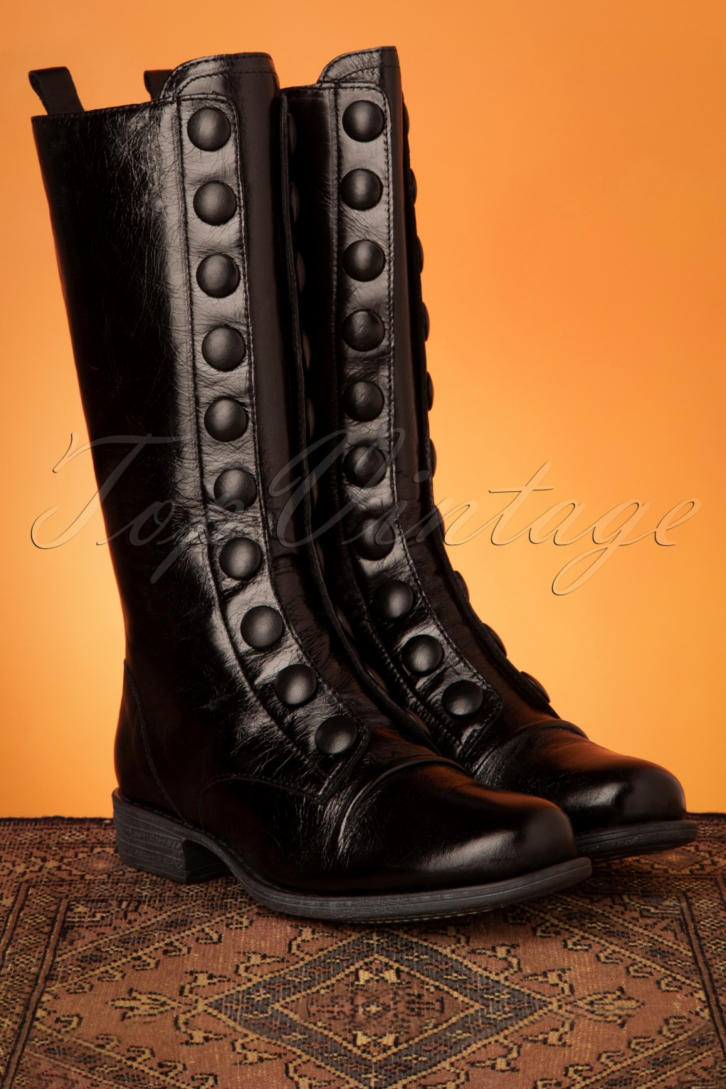 Vintage Boots- Buy Winter Retro Boots 60s Lincoln Leather Boots in Black £209.64 AT vintagedancer.com