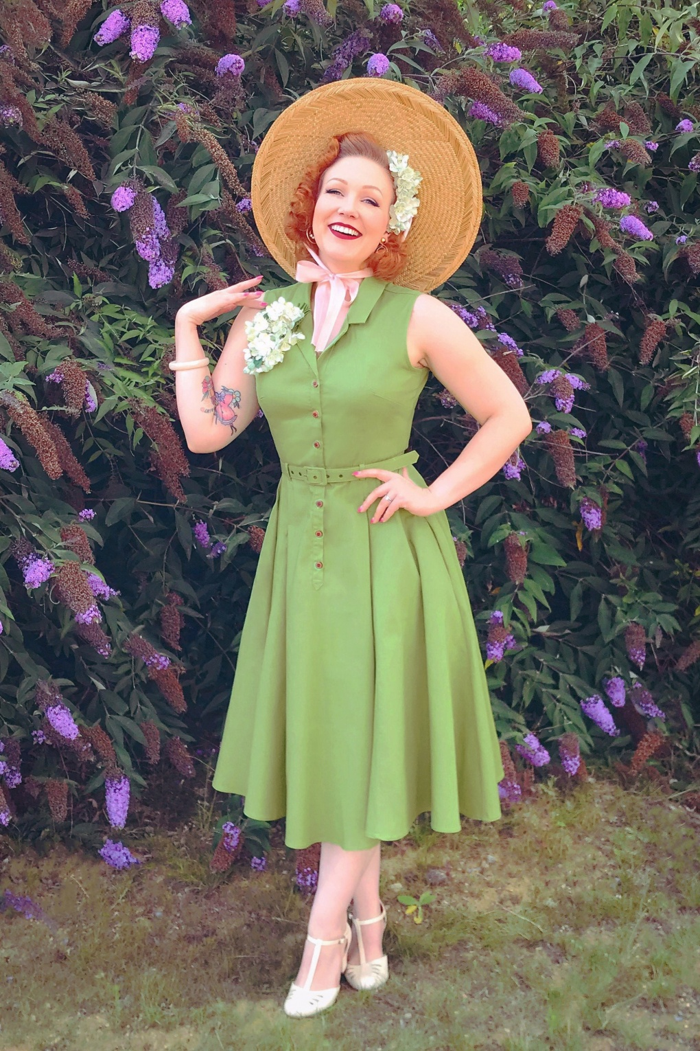 Vintage Shirtwaist Dress History 50s Caterina Sleeveless Swing Dress in Pear Green £24.95 AT vintagedancer.com