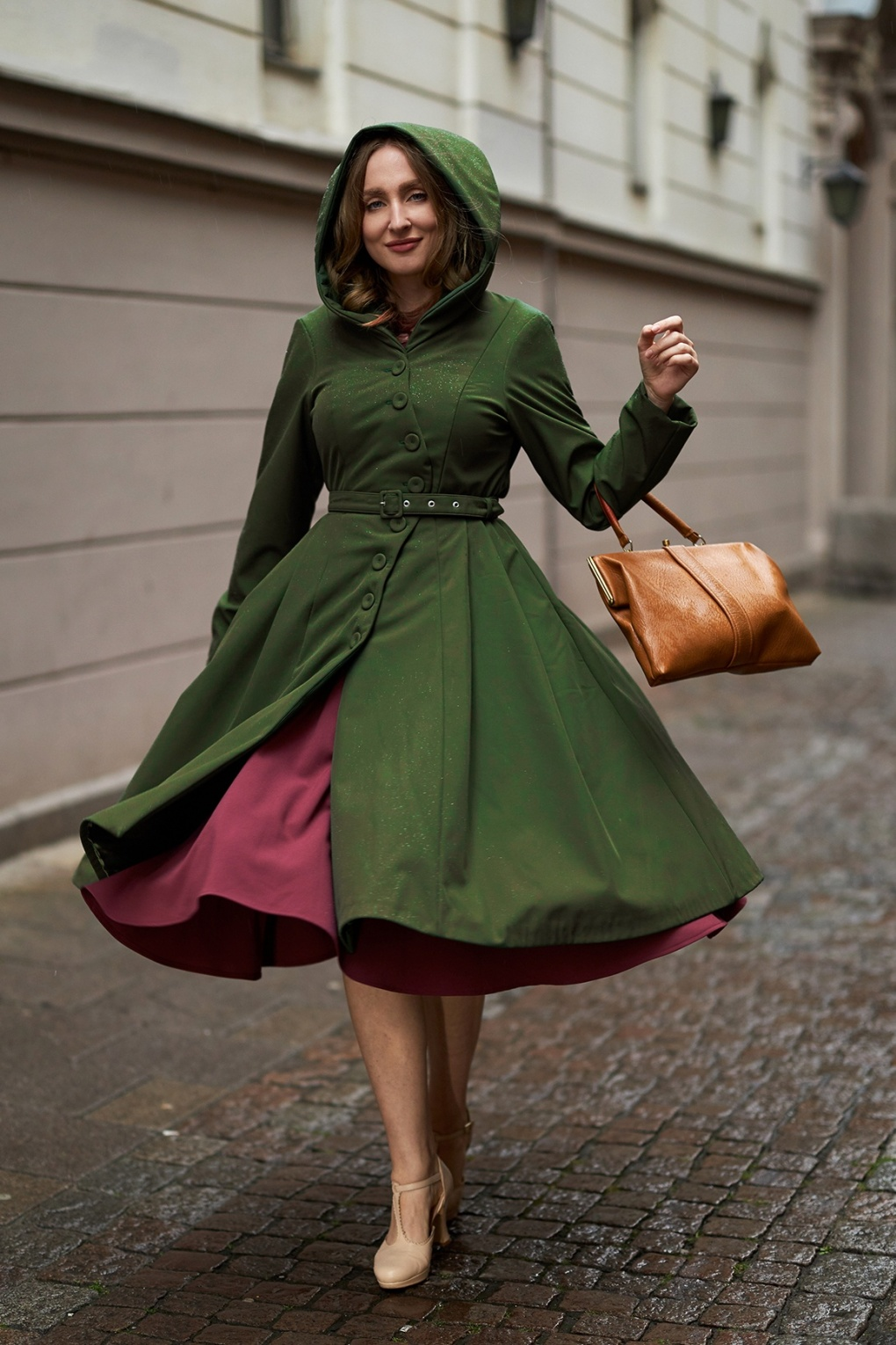 Vintage Coats & Jackets | Retro Coats and Jackets 50s Loris Olive Swing Trench Coat in Green £161.51 AT vintagedancer.com