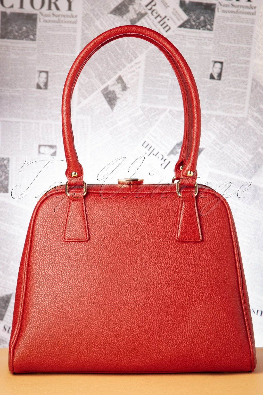 1940s Dresses and Clothing UK | 40s Shoes UK 40s Peggy Means Business Handbag in Warm Red £67.86 AT vintagedancer.com