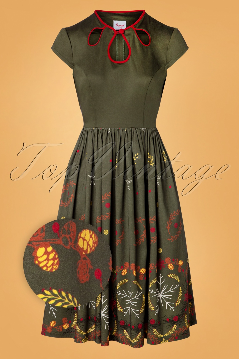 Cottagecore Clothing, Soft Aesthetic 50s Winter Leaves Swing Dress in Green £49.21 AT vintagedancer.com
