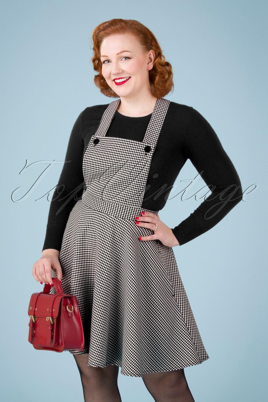 500 Vintage Style Dresses for Sale | Vintage Inspired Dresses 60s Harvey Houndstooth Pinafore Dress in Black and White £49.08 AT vintagedancer.com