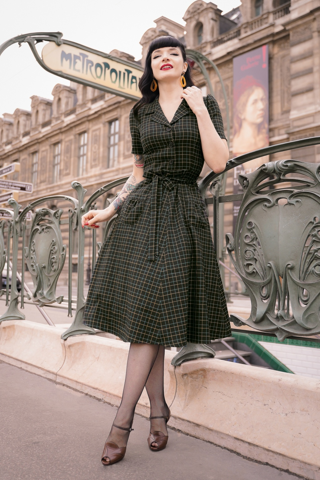 Vintage Style Dresses | Vintage Inspired Dresses 40s Revers Tatou Dress in Black £119.95 AT vintagedancer.com