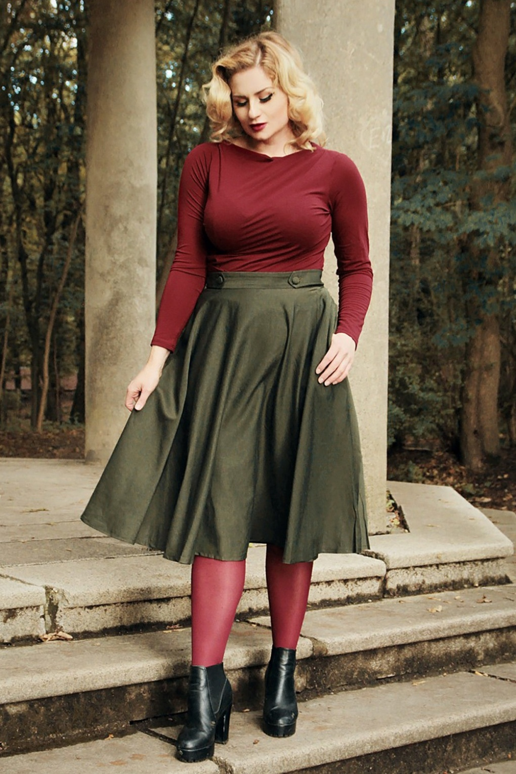 50s Skirt Styles | Poodle Skirts, Circle Skirts, Pencil Skirts 1950s 50s Di Di Swing Skirt in Olive Green £38.32 AT vintagedancer.com