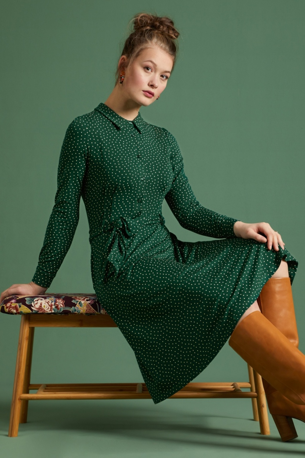 Vintage Style Dresses | Vintage Inspired Dresses 60s Sheeva Little Dots Dress in Pine Green £97.73 AT vintagedancer.com