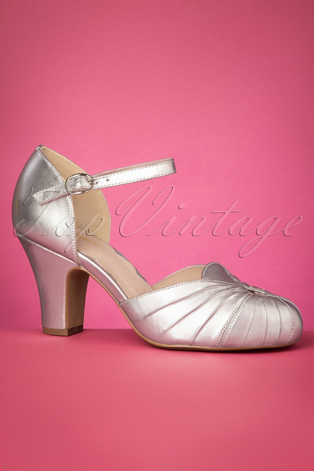 Vintage Heels, Retro Heels, Pumps, Shoes 40s Amber Mary Jane Pumps in Silver £158.39 AT vintagedancer.com