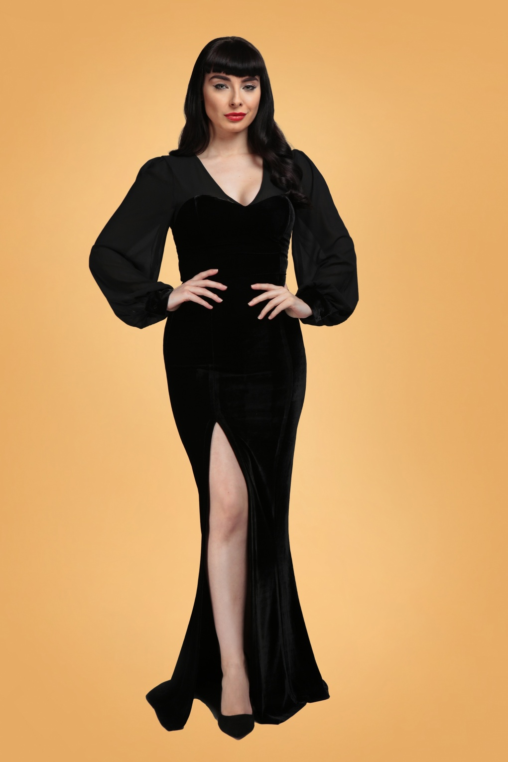 1950s History of Prom, Party, and Formal Dresses 50s Arionna Velvet Maxi Dress in Black £56.78 AT vintagedancer.com
