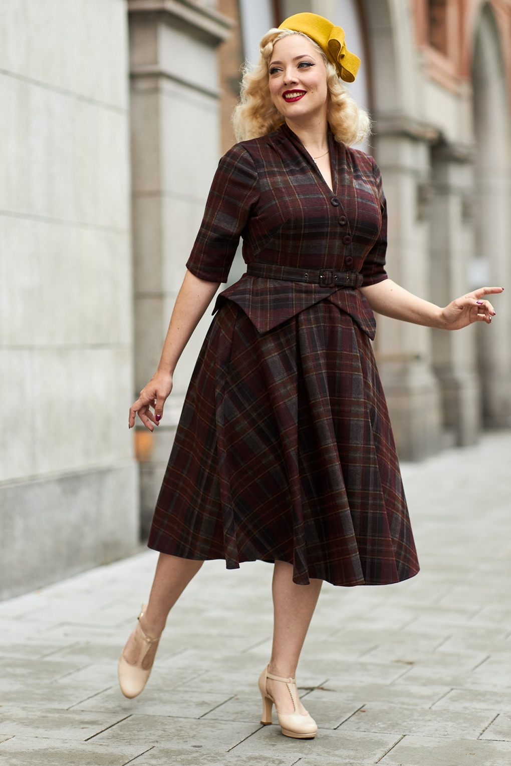 1950s Style Clothing & Fashion 50s Modesty Bo Tartan Swing Dress in Wine and Grey £122.47 AT vintagedancer.com