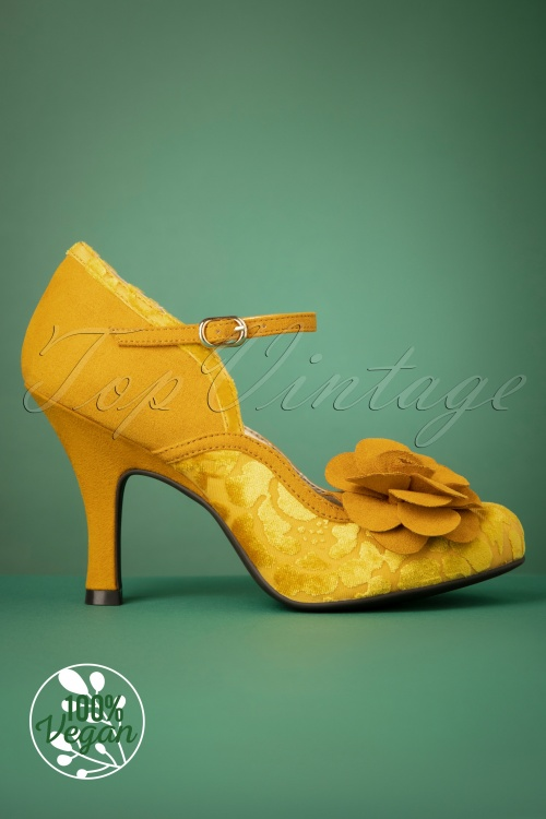 50s Beatrice Pumps in Mustard