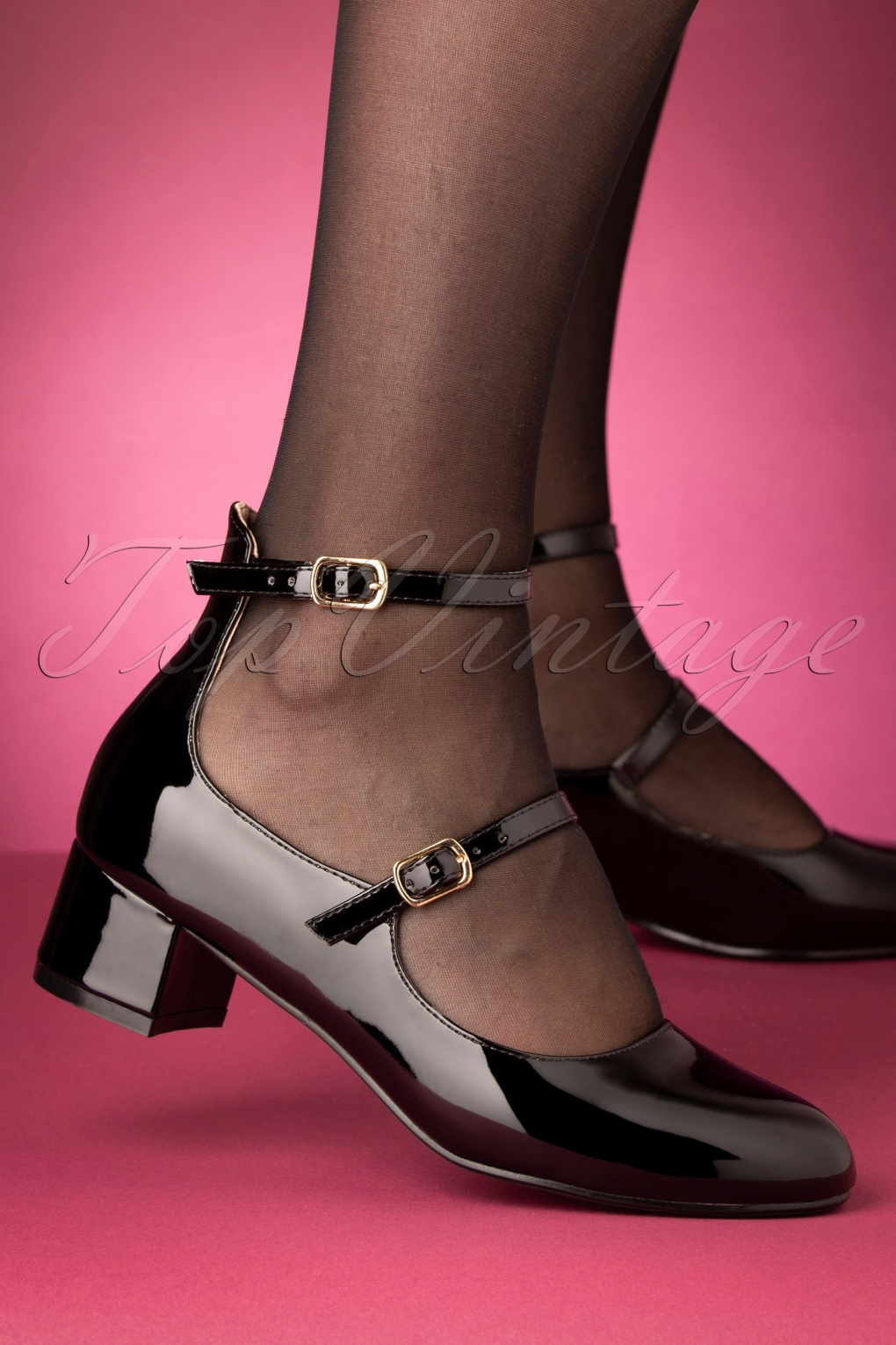 60s Shoes, Go Go Boots 60s Federica Block Heel Pumps in Glossy Black £51.51 AT vintagedancer.com