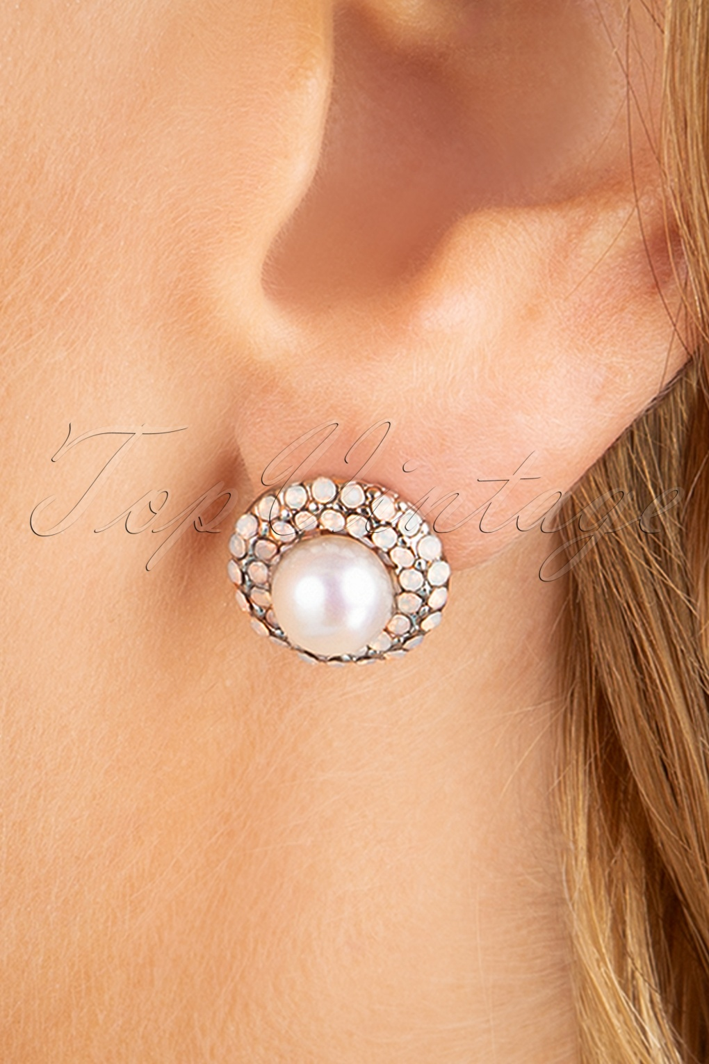 60s Fancy Dress and Quality Clothing 1960s UK 50s Sparkly Pearl Earstuds in Silver £13.62 AT vintagedancer.com