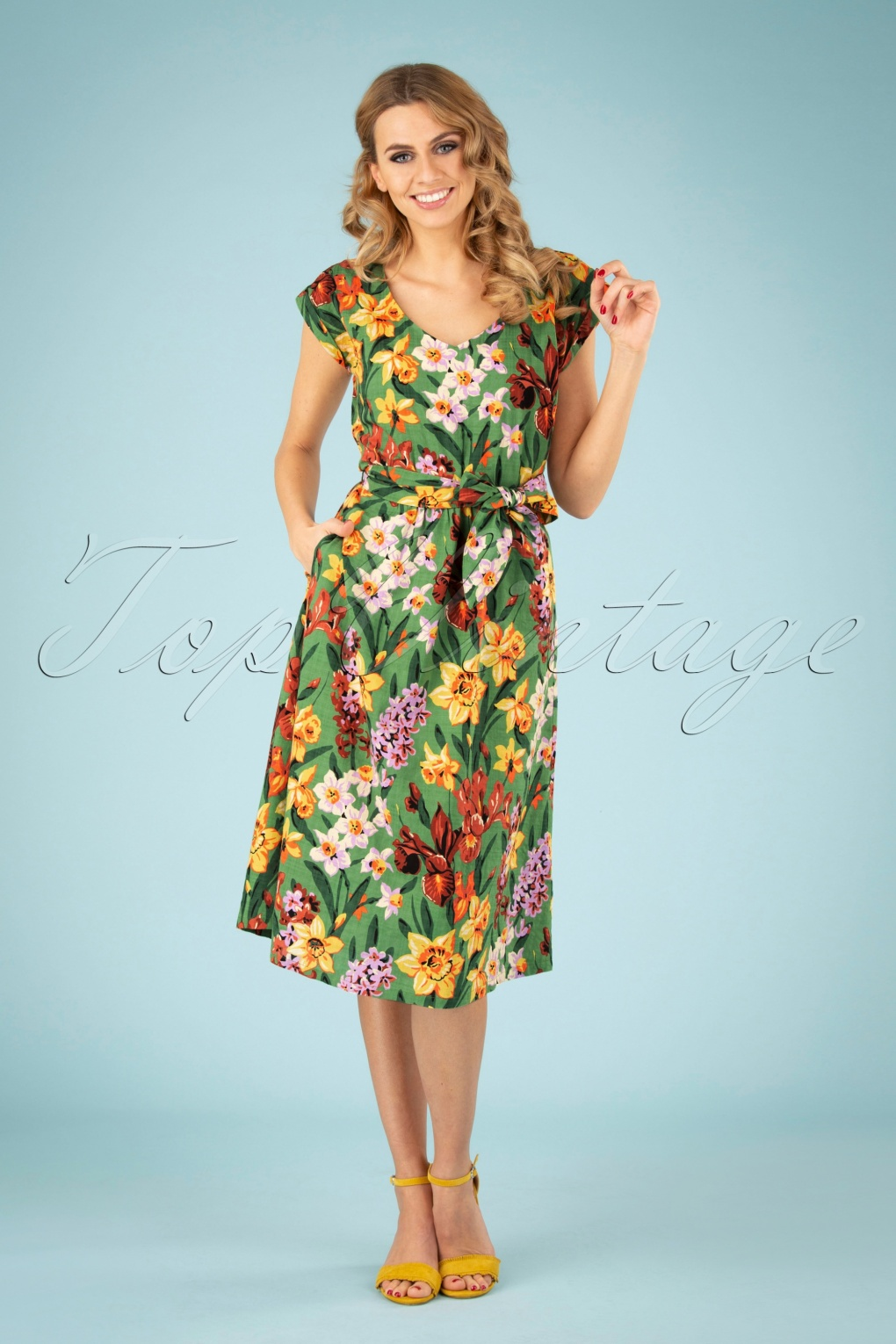 60s Dresses | 1960s Dresses Mod, Mini, Hippie 60s Vera Tula Loose Fit Dress in Jungle Green £19.95 AT vintagedancer.com