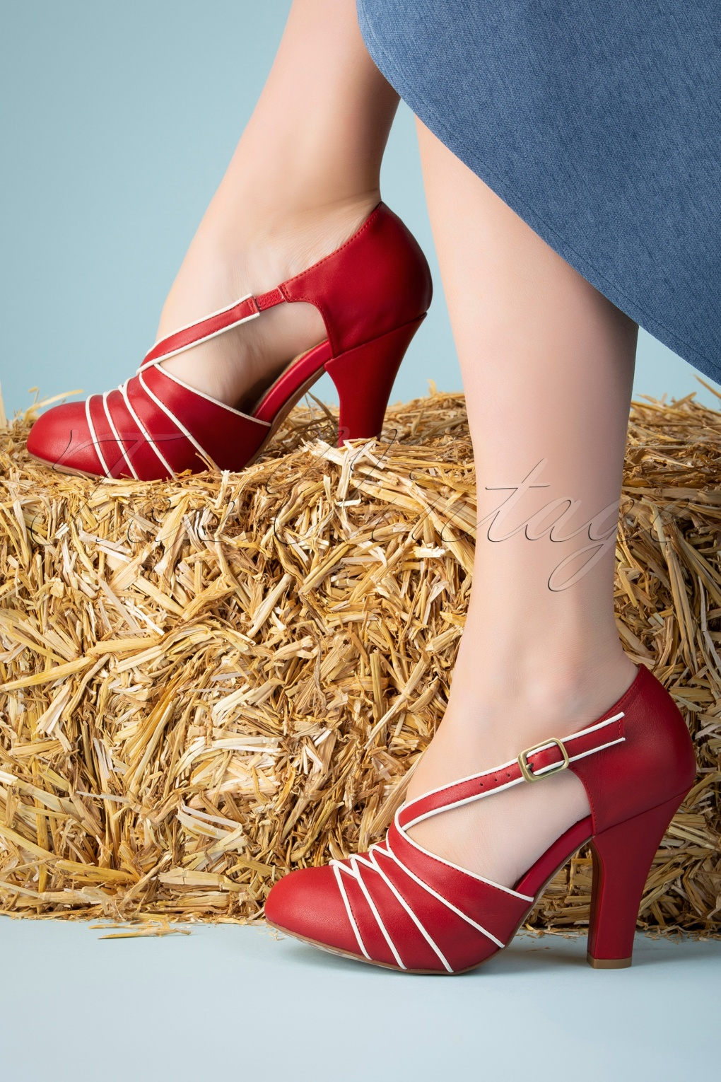 Vintage Shoes, Vintage Style Shoes 50s June Carnival Party Pumps in Red and Cream £51.20 AT vintagedancer.com