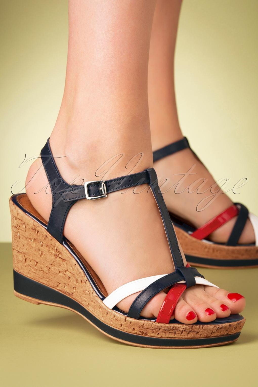 Vintage Sandals | Wedges, Espadrilles – 30s, 40s, 50s, 60s, 70s 60s Wendy Comb Wedges in Navy £24.95 AT vintagedancer.com