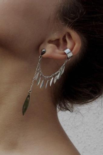 anni_jurgenson_earcuff_silver_leafs_1
