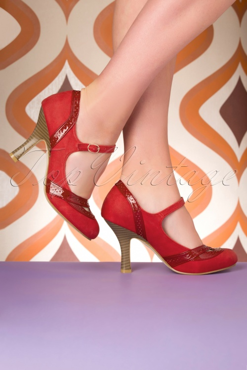 50s Mary Jane Pumps in Red and Nude