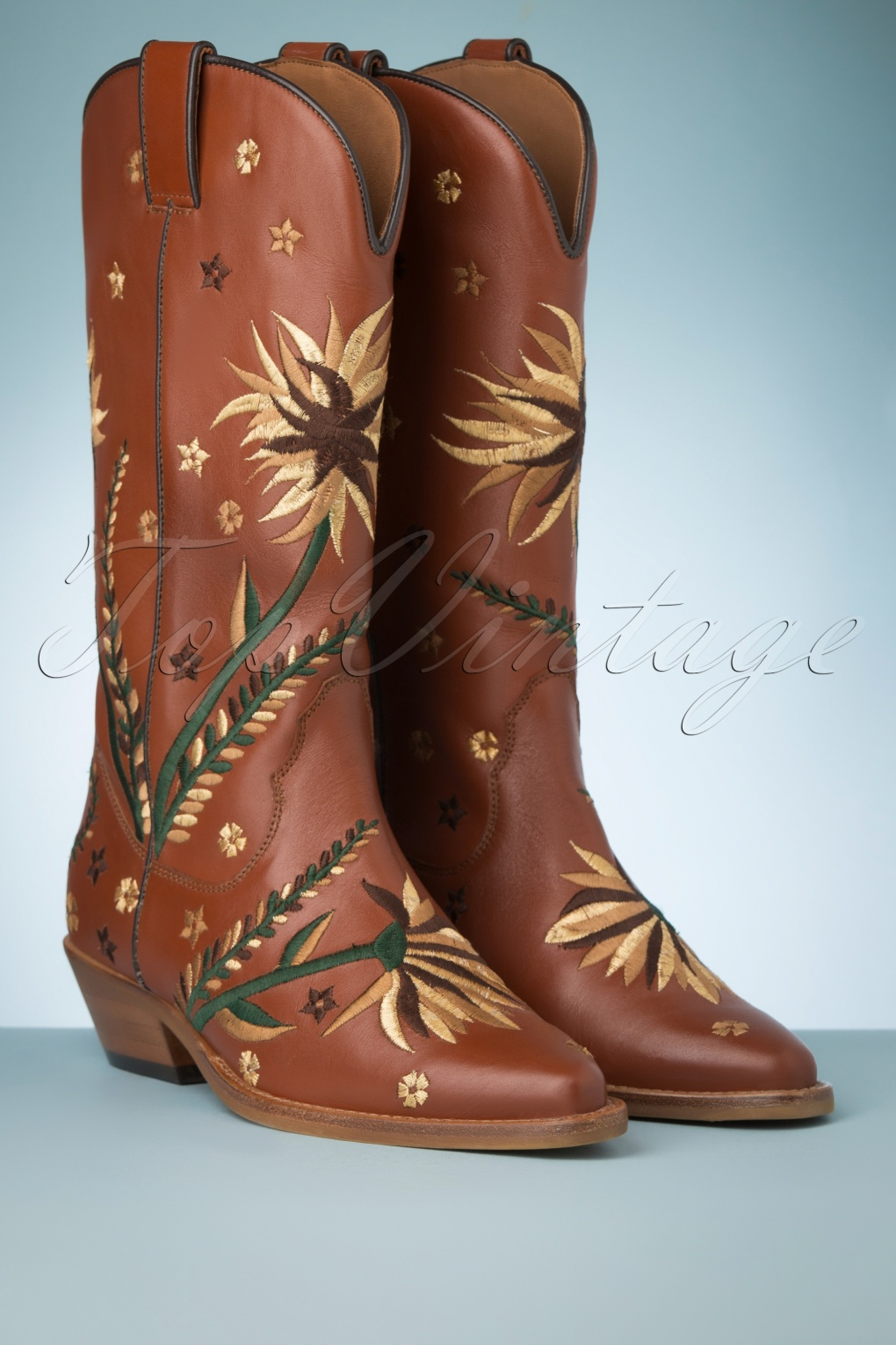 Vintage Western Wear Clothing, Outfit Ideas 70s Flor Embroidery Western Boots in Cognac £141.86 AT vintagedancer.com