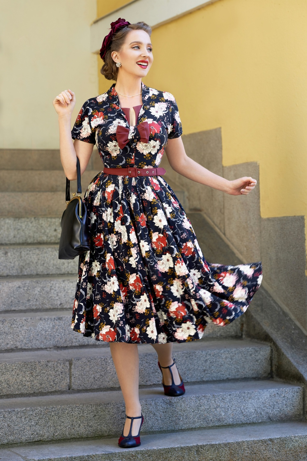 Pin Up Dresses | Pinup Clothing & Fashion 50s Adly Lee Floral Swing Dress in Navy £108.49 AT vintagedancer.com