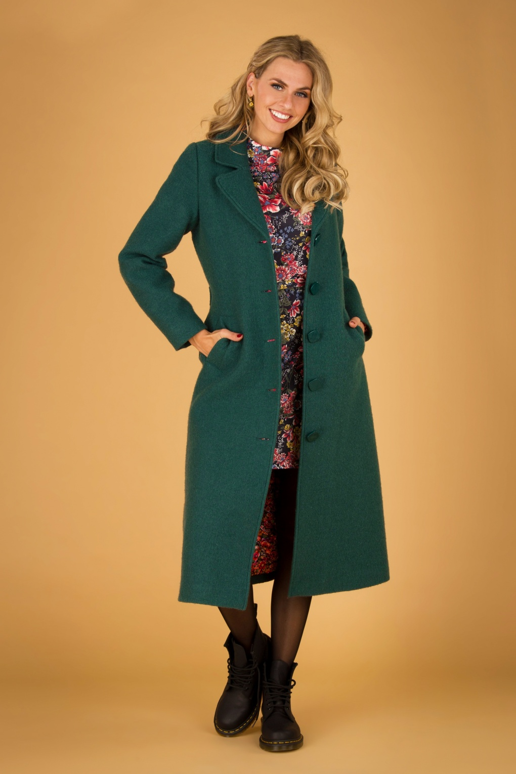 70s Clothes | Hippie Clothes & Outfits 70s Peyton Kennedy Wool Coat in Pine Green £162.43 AT vintagedancer.com