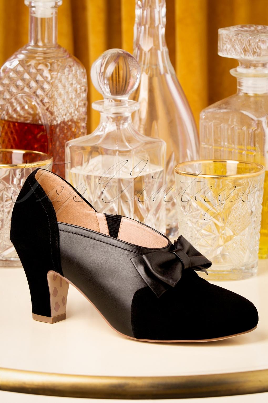 Women's Oxford Shoes – Vintage 1920s, 1930s, 1940s Heels Ava Flapper Girl Pumps in Black £106.66 AT vintagedancer.com