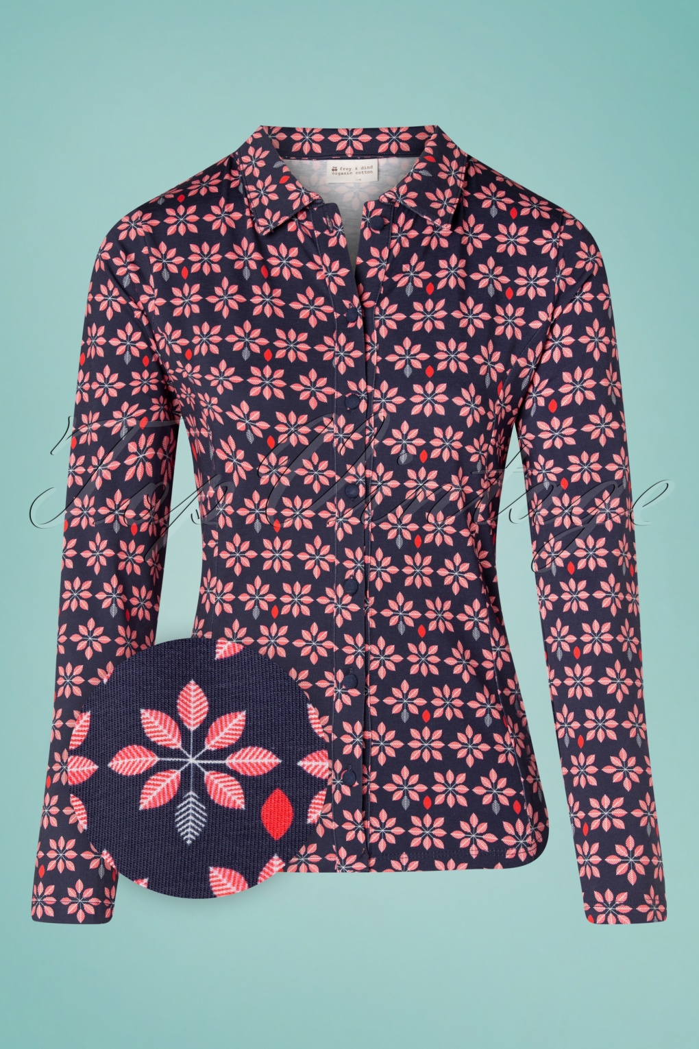 1960s Style Clothing & 60s Fashion 60s Esmee Flower Shirt Blouse in Navy £63.98 AT vintagedancer.com