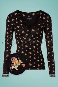 Camisa negra con flores de los años 50