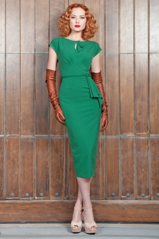 40s Timeless vintage green pencil dress