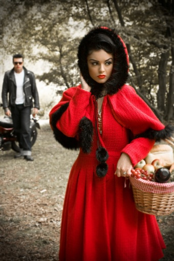 Gretel red