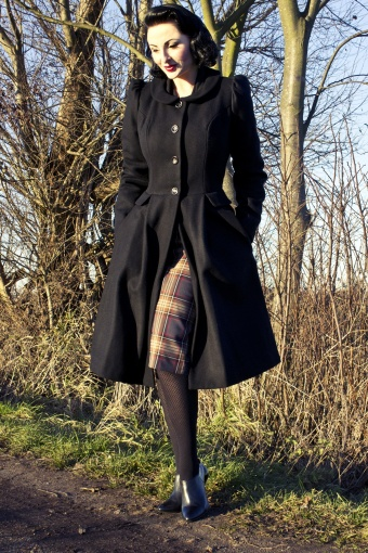 Emmy Swirly 40s coat black
