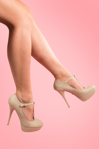 So Vintage 50s Pinup T-Strap plateau pumps in Vintage Beige_22-4440