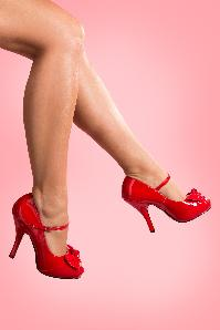 Pinup Couture 40s Cutiepie Peeptoe Bow Mary Jane Pumps in Red