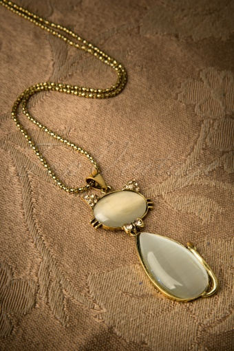 Darling Divine   Preppy kitty Shines! Long Gold Necklace 11467 20131218 0011W