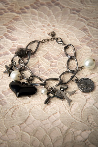 From Paris with love  Bracelet pearl heart 77 5261 20131218 0006W
