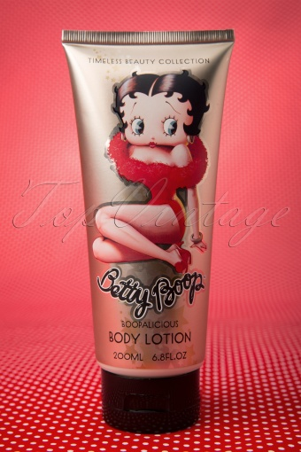 Petit Cheri  Betty Boop Strawberry Vanilla Bodylotion 521 90 12213 20140117 0010W