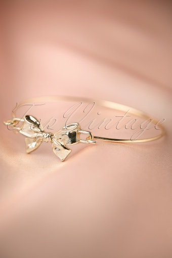 From Paris with Love!  Lovely Bow Bracelet 311 91 12196 20140121 0011W