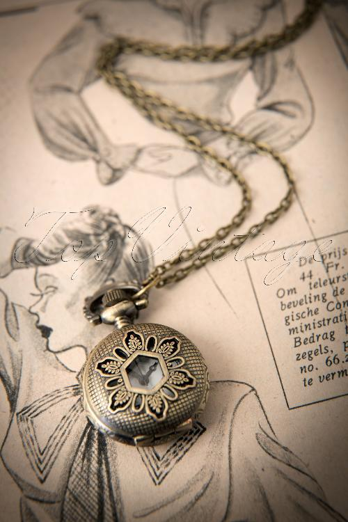 From Paris with love  Vintage Men Pocket Watch Necklace 301 91 12176 20140123 0011W