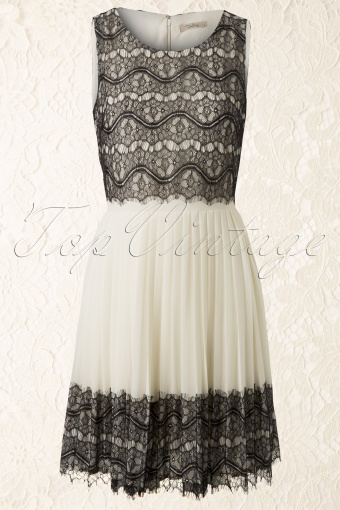 Darling Beloved  Reese Dress White Lace 105 51 11887 20140219 0001 FrontW