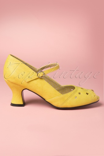 40s Perla Peeptoe Pumps in Yellow