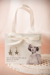 Lovely Marylin Monroe Star Earrings Gift Postcard 330 99 13143 20140616 0003