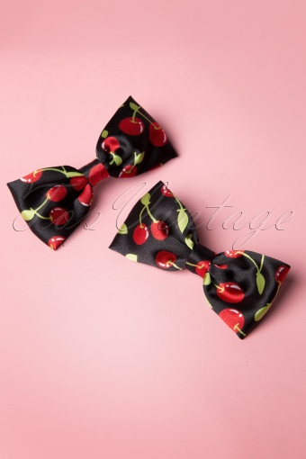 From Paris with Love Cherry Bow Hairclip 208 14 13353 20140607 0003W
