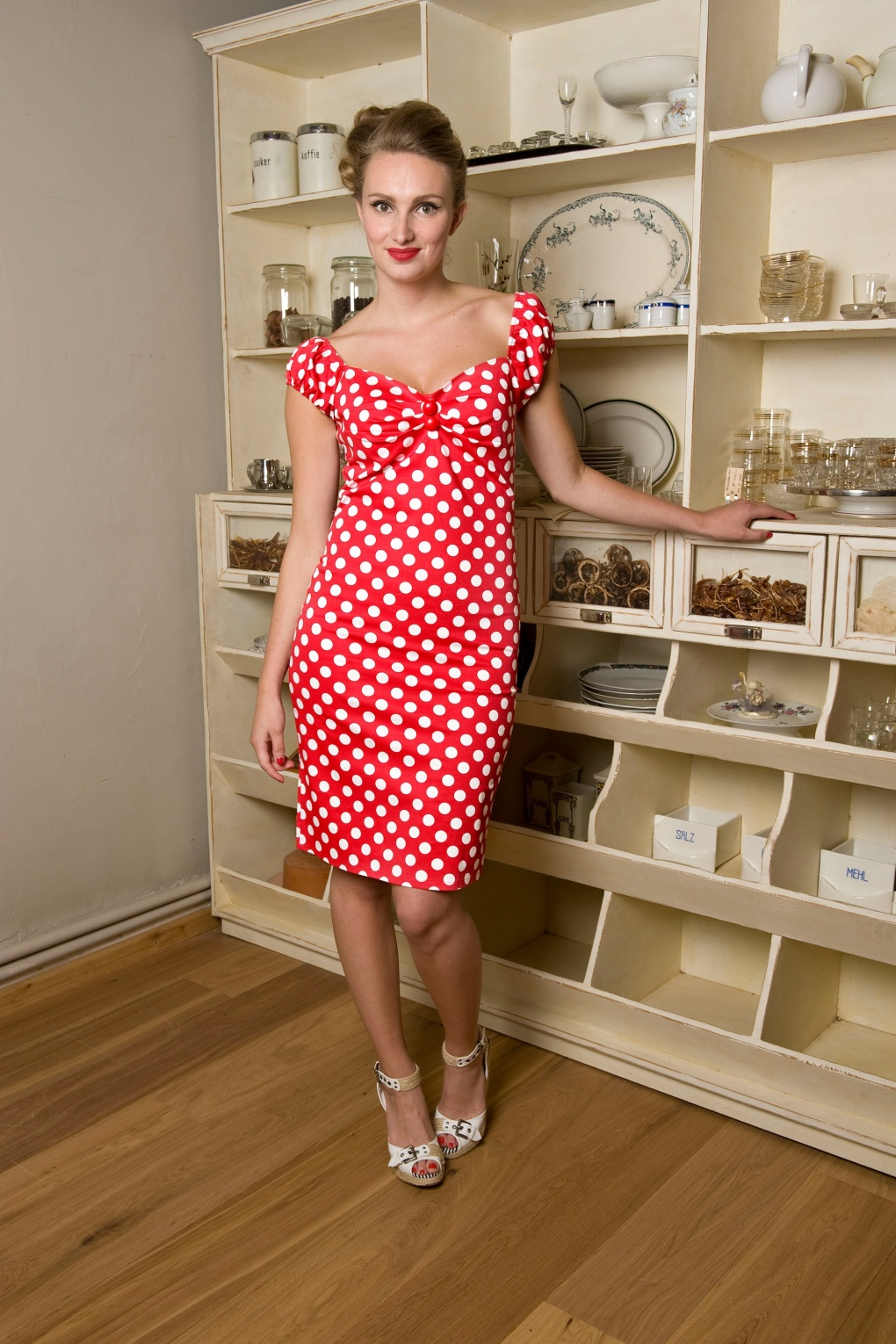 COLLECTIF 50s Dolores Dress Red White Polka Dot Retro Jurk Rood W