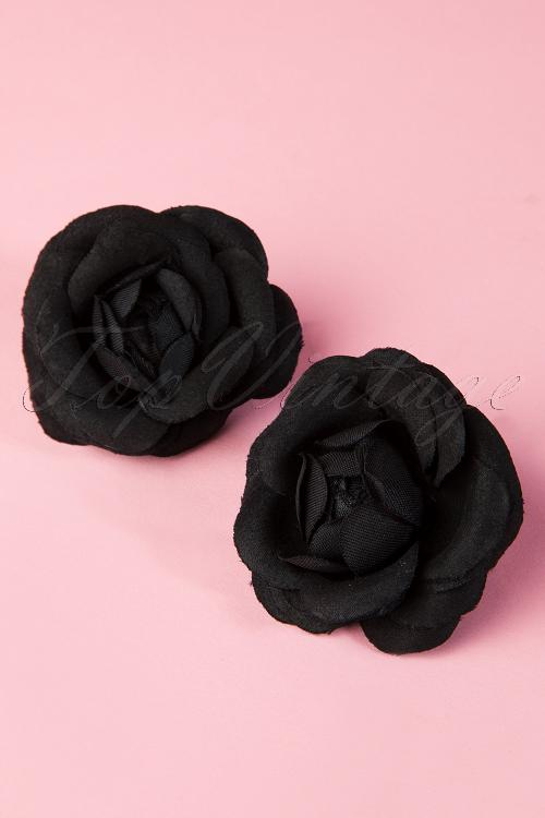 From Paris with love  2001013722 pair of black roses 20140708 0003w
