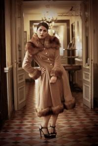 30s Pearl Coat Beige