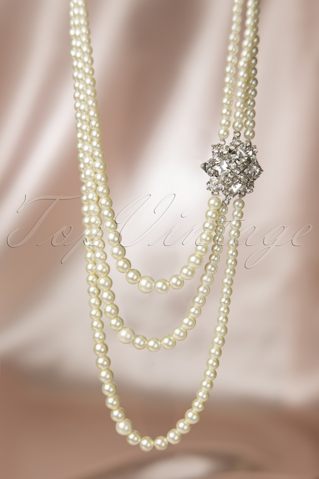 1950s Jewelry Styles and History 20s Paris Pearls Crystal Necklace £57.82 AT vintagedancer.com