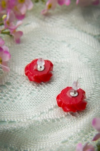 Collectif Clothing 50s English Red Rose Earstuds 330 20 10262 20141111 0056