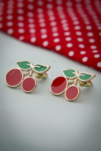 50s Sassy Cherry Pin-up Earstuds Gold
