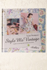Style me Vintage Styling Clothes Book 1